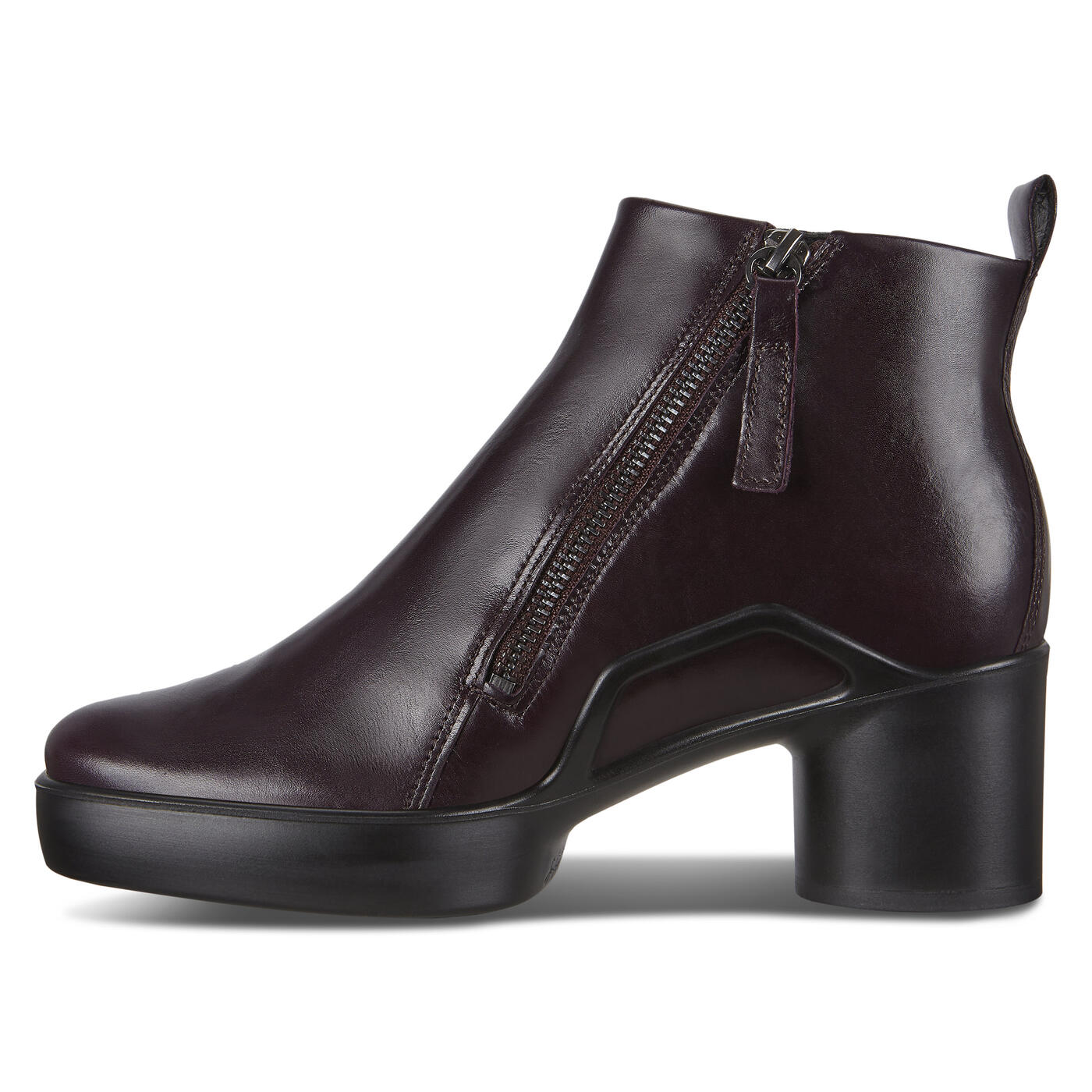 ECCO SHAPE SCULPTED MOTION 35